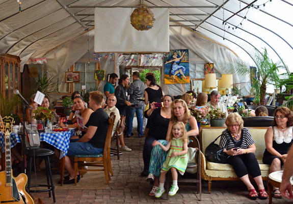 Russian Cuisine - Moscow 57 Under The Tracks