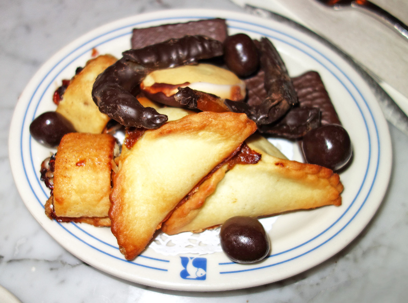 Russ & Daughters Café - Sweets