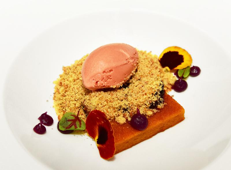 Manoir Hovey - Le Hatley Restaurant - Beet Ice Cream, Haskap Compote, Fennel Seed Genoa Cake, Sweet Potato Cake