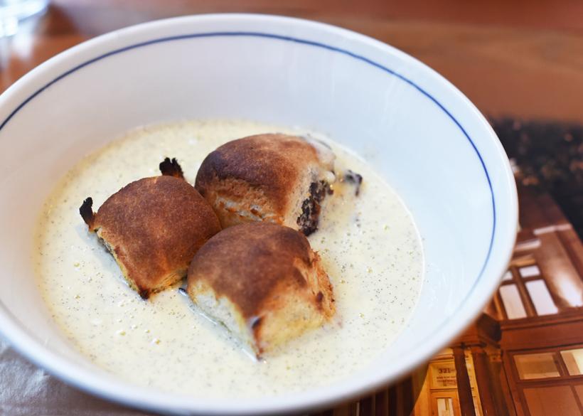 Czech Cuisine - Bohemian Spirit - Prune Buns with Vanilla Sauce