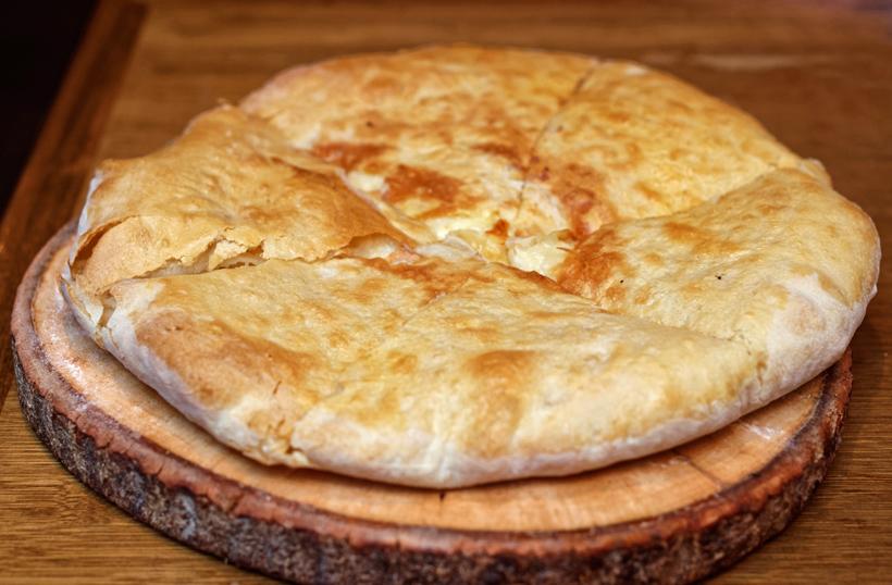 Georgian Cuisine - Cheeseboat - Ossetian Khachapuri