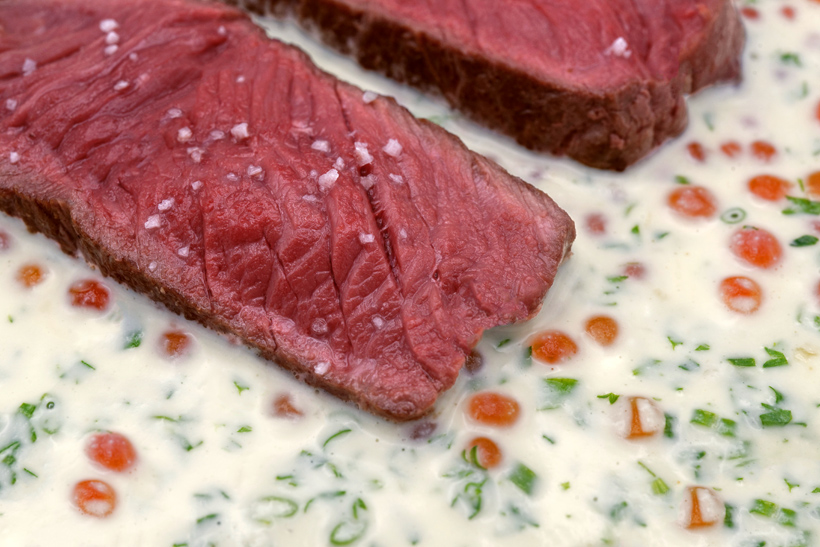 Elk Steak with Salmon Roe Cream Sauce