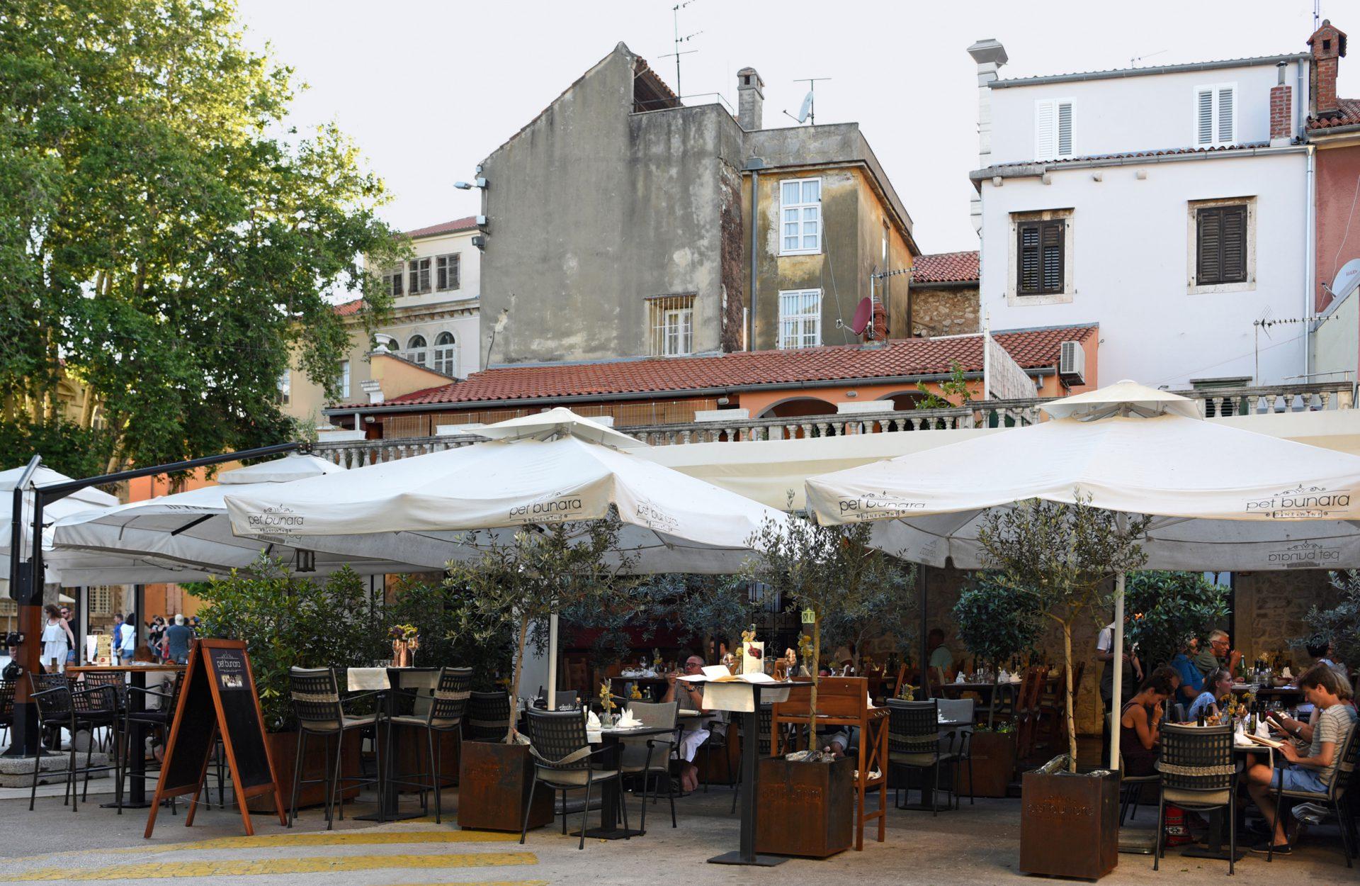 Zadar - Pet Bunara Restaurant