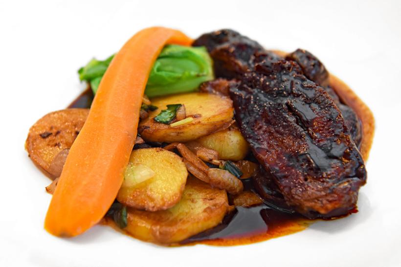 Zagreb - Dubravkin Put Restaurant - Braised Beef Cheeks with Carrot and Potatoes