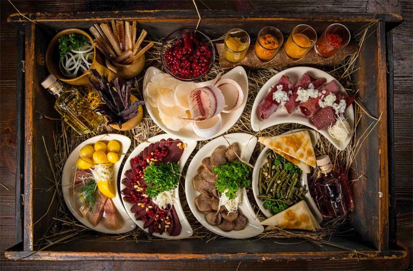 Moscow - Ekspeditsia Restaurant - Nansen's Pack