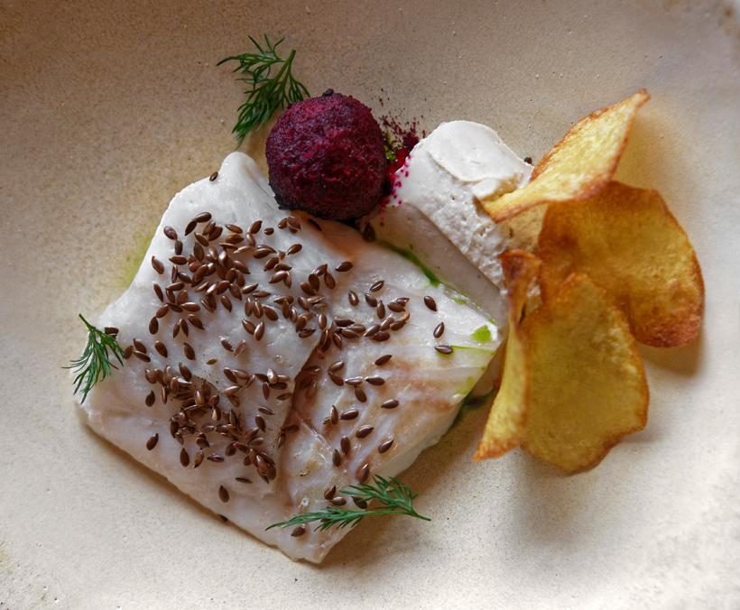 Arkhangelsk - Pochtovaya Kontora Restaurant - Pomor Cod with Tvorog Sauce